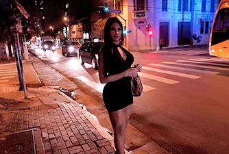 Filmei Comendo uma Travesti da Rua Augusta